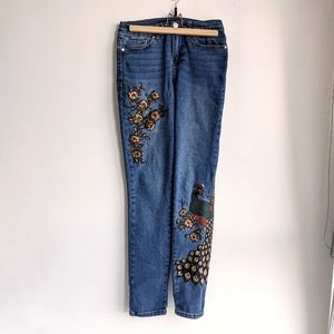 DG2 Diane Gilman Embroidered Jeans 2Tall